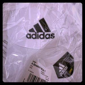 New adidas white 🧢